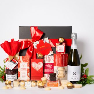 Christmas Sweet Delight Hamper with Sparkling _LR